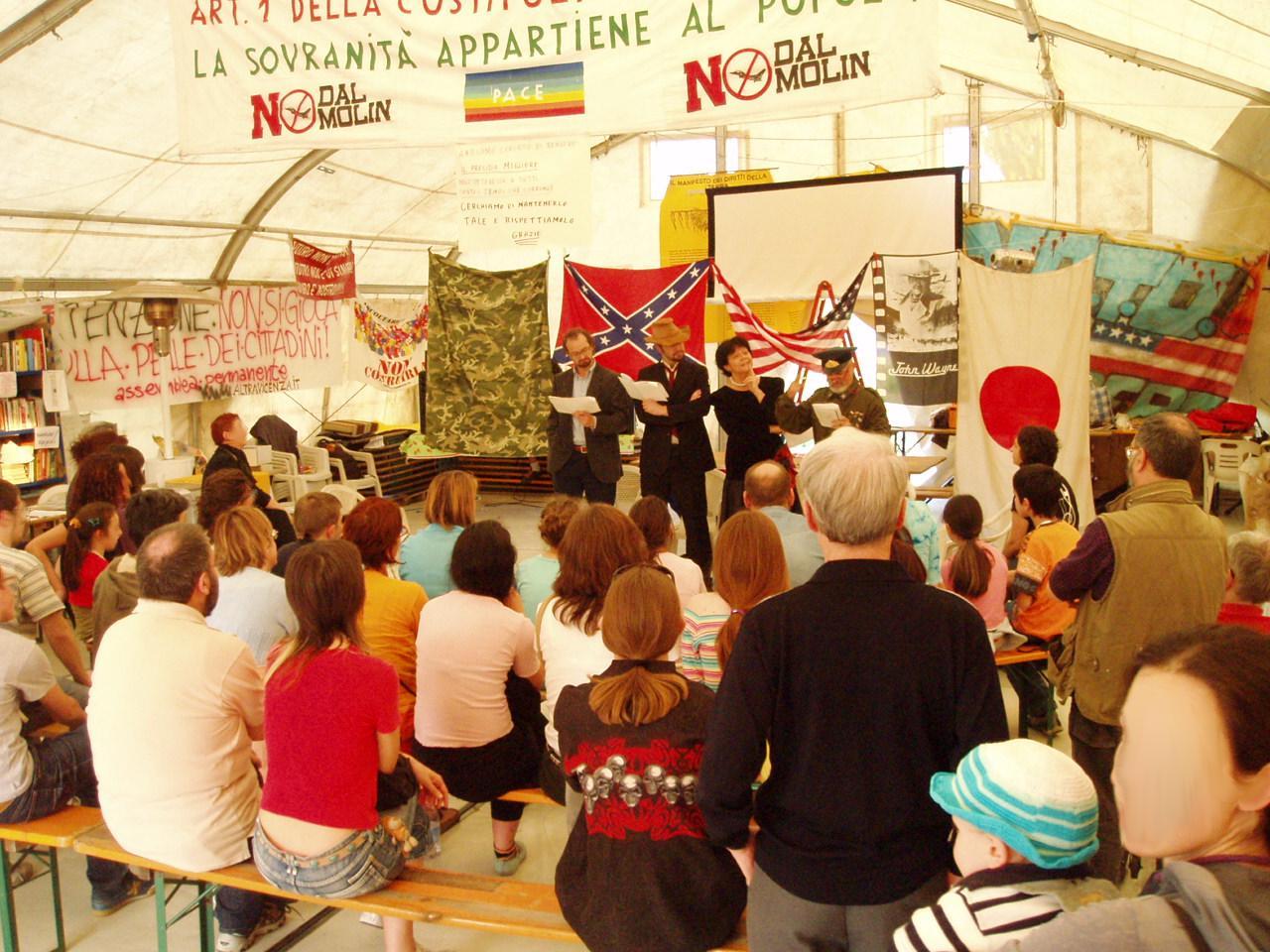 spettacolo teatrale fuoriluogo vicenza presidio permanente 22 aprile 2007 anarchici berici per il teatro la guerra spiegata ai poveri lettura animata di annio flaiano